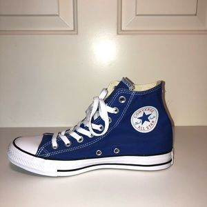 royal blue high top converse!!